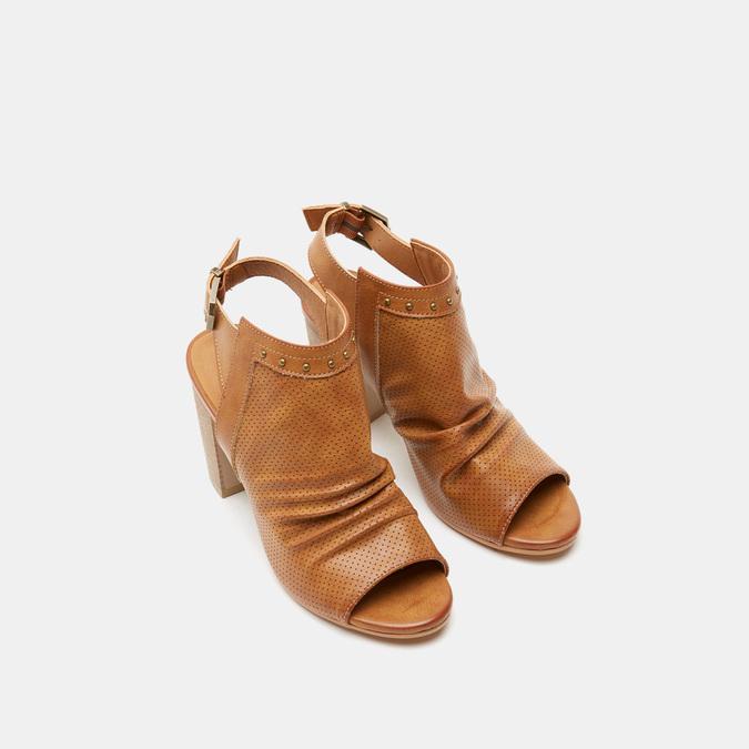 Sandales à dessus perforé bata, Brun, 761-3267 - 17